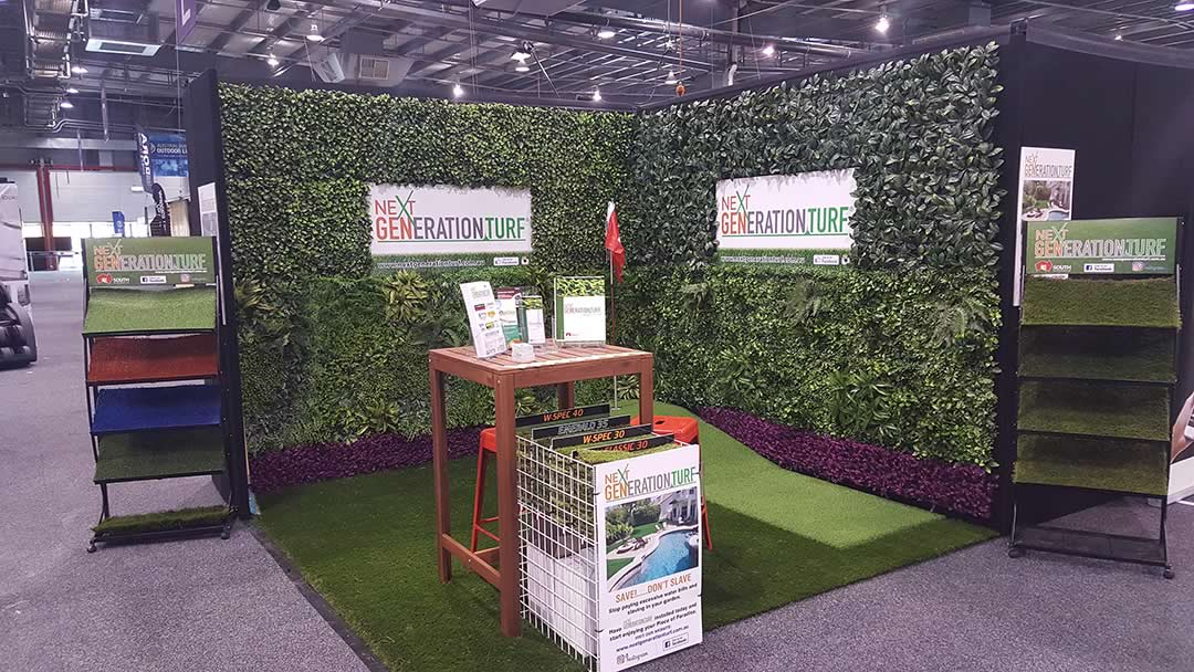 Artificial grass display at master builders home improvement show