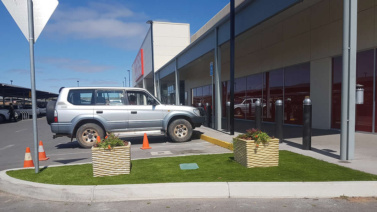 commercial shop front - artificial lawn application