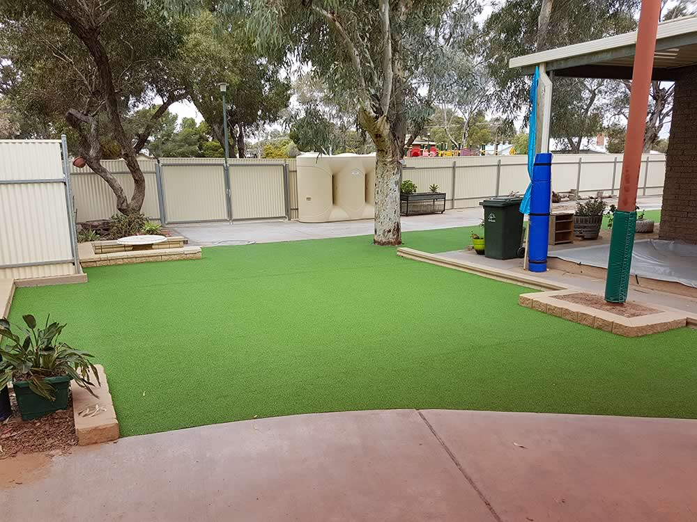 hole-in-one artificial grass