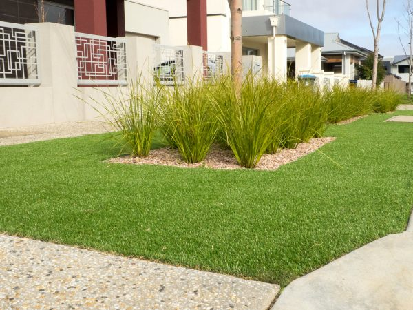 W-Spec Deluxe Synthetic Grass